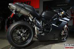Ducati 848 EVO in Dark Stealth Ducati Motorcycles, Cars And Motorcycles, Ducati 848 Evo, Gone In 60 Seconds, Sportbikes, Supersport, Zoom Zoom, Bike Life, Car Stuff