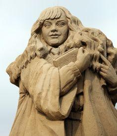 Sculpture sur sable Hermione