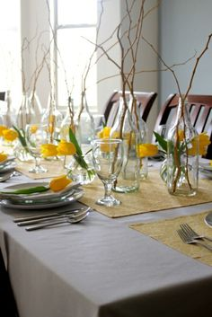 compositions florales table fleurs jaunes