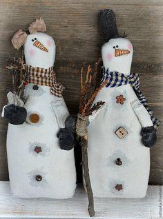 """Купить """"Снеговики..."""" Интерьерная примитивная кукла - белый, новый год 2013, Новый Год, снеговик"""