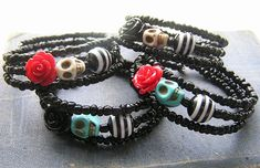 Monster High Day of the Dead Rockabilly Bracelet Wrap Around Mini roses mini skull Black glass E Beads Frida Memory wire