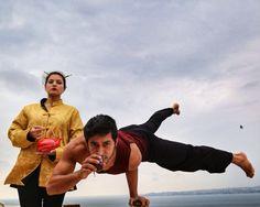 #Yoga  #Handstand #onearm