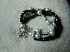 Black Bead and Pearl Bracelet with Heart Clasp by handmadejewelrybypam on Etsy
