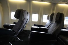 Review: Qantas Business 737-800 Melbourne - Sydney - http://youhavebeenupgraded.boardingarea.com/2014/07/review-qantas-business-737-800-melbourne-sydney/