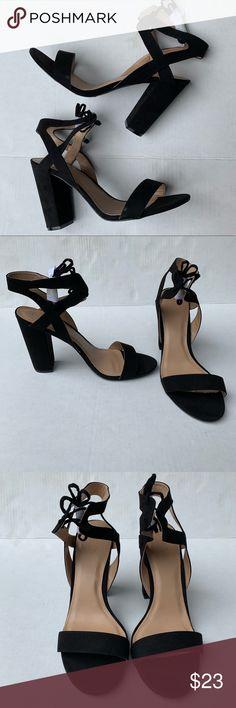 f16bb76b9c71 Charlotte Russe Strappy Black Chunky High Heels Charlotte Russe Strappy  Black Chunky High Heels Size 11