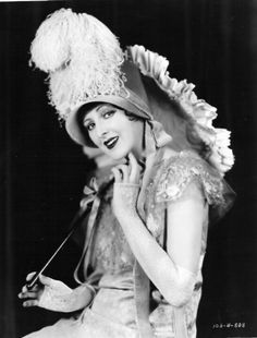 """Billie Dove as a beauty of old New Orleans in the First National special, """"The Love Mart,"""" a George Fitzmaurice production formerly called """"Louisiana. Hollywood Star, Hollywood Walk Of Fame, Hollywood Glamour, Hollywood Icons, Hollywood Actresses, Classic Hollywood, Vintage Glamour, Vintage Beauty, Billie Dove"""