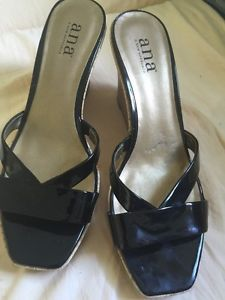 A N A Size 8 and A Half Women's Wedged Shoes Gold and Black   eBay