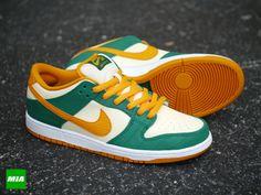 Nike SB Dunk Low Pro Legion Pine/Kumquat