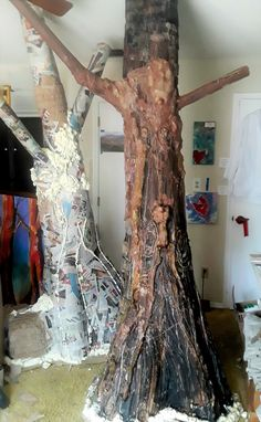 #NakedTrees is coming to Orlando on September 20. It is a free experience and includes a forest of my trees, many tree paintings, photo opportunity and Live Painted Female Trees! here is one of the members of the forest in progress...Sign up for my newsletter https://rondarichley.com/email-newsletter to follow its creation! Or read my blog (it's on my website: www.rondarichley.com.     #savethetrees, #censoredbyfacebook, #artevent,#free, #orlandoart,#savetheforest