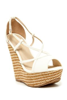 DbDk Fashion Four Chevron Wedge Sandal on HauteLook Cute Shoes, Awesome Shoes, Women's Feet, Shoe Dazzle, Crazy Shoes, Clothes Horse, Beautiful Shoes, Wedge Sandals, Fashion Shoes