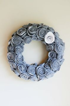 felt pinwheels make a wreath