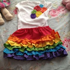 Rainbow birthday outfit -who wants to make this for Ashton!?  I LOVE this!!!
