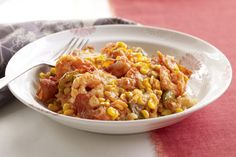 Shrimp, veggies and seasoned rice make an appearance in this simple dinner casserole. It& the perfect make-ahead for a busy weeknight. Shrimp And Rice Recipes, Pasta Recipes, Cooking Recipes, Mac Recipe, Sauteed Spinach, Cracker, Sauce Tomate, Spinach Recipes, Cooking Instructions
