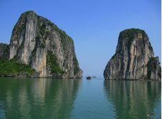 Halong Bay tour is not just about relaxing. It is about reflection and reconsideration. It lets us step out of ourselves.