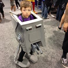 Amazing Star Wars cosplay at Wondercon. Photo post by A.Chung