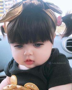 Small Cute Babies, Cute Little Baby, Pretty Baby, Little Babies, Baby Love, Baby Kids, Cute Kids Pics, Cute Baby Girl Pictures, Cute Girl Pic