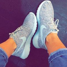 Please! #nikes,They're 50$! #sneakers womens nike roshe run