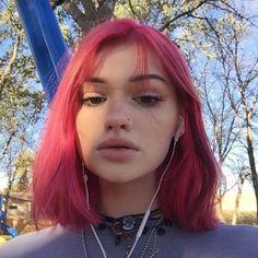 grafika females, girls, and icons Hair Dye Colors, Cool Hair Color, Hair Inspo, Hair Inspiration, Grunge Hair, Aesthetic Hair, Fantasy Hair, Coloured Hair, Dye My Hair