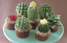 パッと見、サボテンの鉢植えにしか見えないカップケーキ。デザイナーのアラナ・ジョーンズ・マンによるもので、鮮やか…