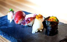 Svenskarna i Michelin Nordic Guide 2016 Sushi Burger, My Sushi, Stockholm Restaurant, Sushi Pictures, Sushi Donuts, Scallion Pancakes, Miso Soup, Orange Chicken, Tempura