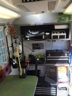 5 mobile pet grooming business dog grooming ideas for business adorable setup for small mobile grooming trailer solutioingenieria Gallery