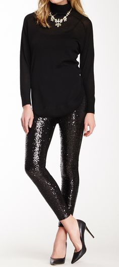 sequin leggings all black outfit holiday outfit family holiday outfit statement necklace Pastel Outfit, Holiday Party Outfit, Holiday Outfits, Holiday Fashion, Autumn Fashion, Perfect Outfit, Look Legging, Sequin Leggings, Leggings Party