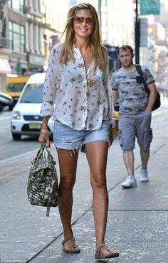 Heidi Klum wearing Birkenstock Gizeh Birkibuc Sandals Maison Scotch Palm Tree Print Shirt New York City July 9 2013