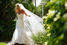 Bridal Photos PHOTO SOURCE • KARLIN PEREZ PHOTOGRAPHY