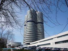 Edificio de BMW. Munich, Burj Khalifa, Skyscraper, Multi Story Building, Germany, Bmw, Travel, Paths, Buildings