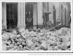 Eglise St G[ervais, Paris, dégâts dûs aux bombardements à longue portée du 29 mars 1918] : [photographie de presse] / [Agence Rol] - 1