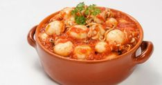 Σουπιές κοκκινιστές Polenta, Fish And Seafood, Cheeseburger Chowder, Soup, Cooking, Kitchen, Kitchens, Soups, Cuisine