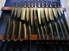 Couteaux japonais à Montreal. Boutique de couteaux japonais faits main. Magasin de couteaux japonais.
