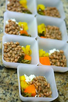 The Inner Life of Food: Viajando com pimpolhos Baby Puree, School Lunch Box, Toddler Meals, Baby Food Recipes, Carne, Mashed Potatoes, Beef, Koh Tao, Vegetables