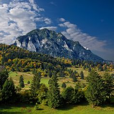 Piatra Craiului Mountains, Romania (by George Nutulescu) Turism Romania, Visit Romania, Romania Travel, Bucharest Romania, Beautiful Places To Visit, Wonderful Places, Places To See, The Beautiful Country, Beautiful World