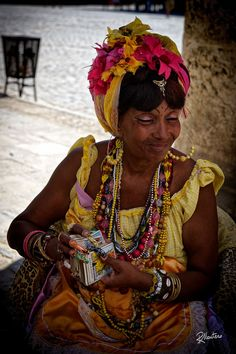 Cuban Women, Caribbean Culture, Carmen Miranda, African Tribes, Orisha, Human Emotions, Cool Landscapes, People Of The World, How To Make Beads
