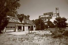 First Motel or Last Motel in Texas. Depending on whether you were headed for Chicago or LA as you passed through Glenrio