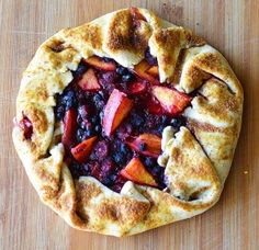 Summer Fruit Galette. A vegan version of delicious blueberries, raspberries, strawberries and peaches. #tart