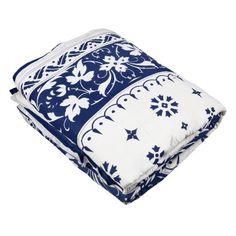 Weiße Und Dunkelblaue Motive Quilt Für Jungen König Baumwolle Voile 254 cm x 244 cm ShalinIndia http://www.amazon.de/dp/B00G91RGG0/ref=cm_sw_r_pi_dp_TRj5tb0Q0H8D5