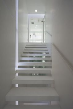 Image 25 of 40 from gallery of BMA Project / Ryuichi Sasaki + Sasaki Architecture. Photograph by Ryota Atarashi Japan Architecture, Stairs Architecture, Amazing Architecture, Interior Architecture, Interior And Exterior, Interior Design, Interior Staircase, Modern Staircase, White Stairs