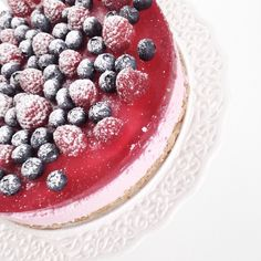 """F r i d a y  f e e l i n g ❤️"" Raspberry, Baking, Fruit, Food, Bakken, Essen, Meals, Raspberries, Backen"