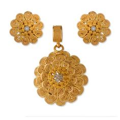 Latest model gold chain pendant sets pinterest chain pendants owing to marathi religious traditional value we offer exquisite range of latest designs for indian traditional gold diamond jewellery aloadofball Image collections