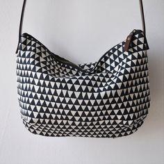 DIY bag. no tutorial but easy to do.