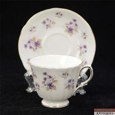 "Duchess ""Woodside"" Purple Violets Bone China Tea Cup & Saucer Set England Gilded"