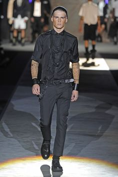 Dsquared2 Men's RTW Spring 2013 - Runway, Fashion Week, Reviews and Slideshows - WWD.com