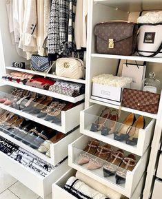 Hermes Handbags, Replica Handbags, Hermes Bags, Chanel Bags, Fashion Handbags, Dream Closets, Closet Designs, Closet Bedroom, Shoe Storage