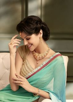 g venket ram - jewellery Beautiful Girl Image, Beautiful Gorgeous, Beautiful Saree, Beautiful Models, Beautiful Bollywood Actress, Most Beautiful Indian Actress, Beautiful Actresses, South Indian Actress Photo, Indian Actress Hot Pics