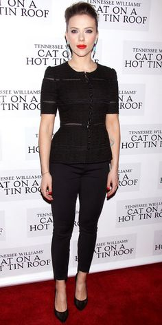 Look of the Day - January 18, 2013 - Scarlett Johansson in Dolce & Gabbana from #InStyle