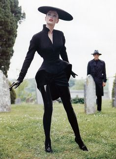 Kristen Bronson, modeling Thierry Mugler cemetery chic † #fashion #couture #hautecouture #hautegoth #innovative #fashionforward #editorial #graveyard #blackclothes #blackclothing #dressedinblack #cemetery #cemeterychic #angular #distinctive #inimitable #personalstyle #icon #iconicdesigner #ThierryMugler #model #femalemodel #KristenBronson