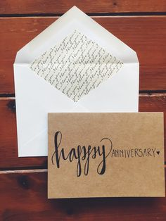 I love the hand-lettering in this anniversary card! Perfect idea for my husband.