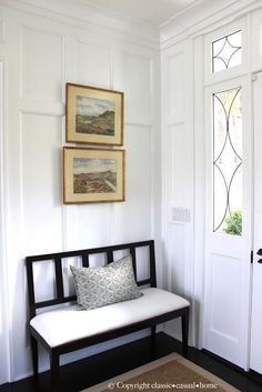 Crisp Summer Beach House Look – Classic Casual Home – Decorating Foyer Hall Bench, Entry Bench, Bench Seat, Entry Hall, Front Entry, Front Doors, House Entrance, Entrance Halls, Foyer Decorating